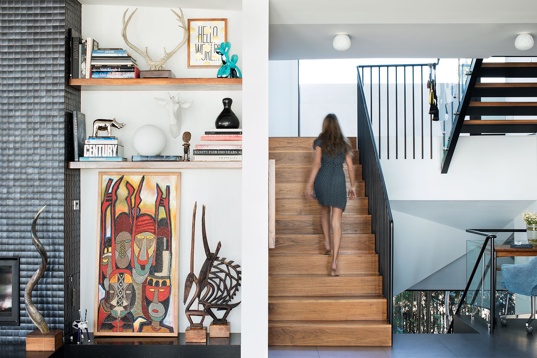 La-Punta-Estate_Living_Stairway_Female_Joan-Allen